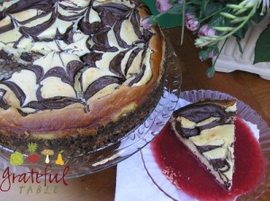Grateful-Table-Cheesecake-Chocolate