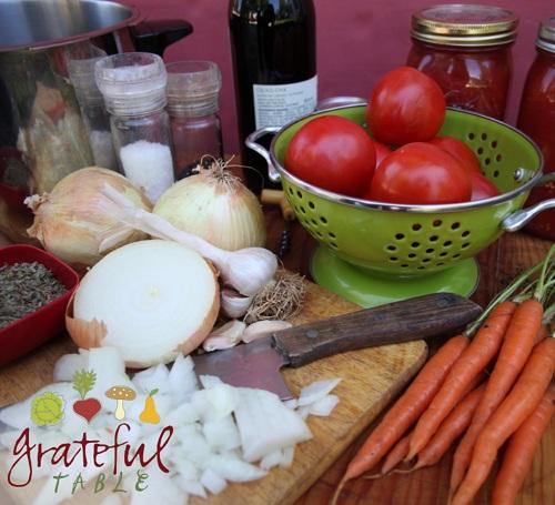 Grateful-Table-Tomato-Sauce