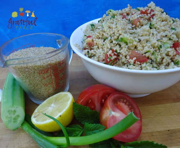 Mideastern Salad- Better than Cous Cous!