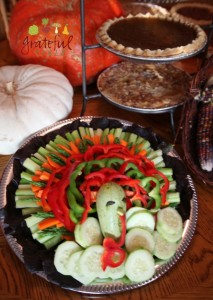 Healthy Thanksgiving- Veggies in Turkey Array