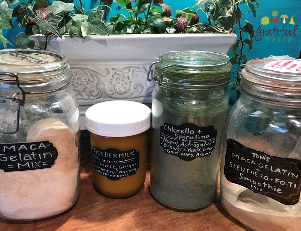 Dry Blend of Superfoods for Breakfast Smoothies