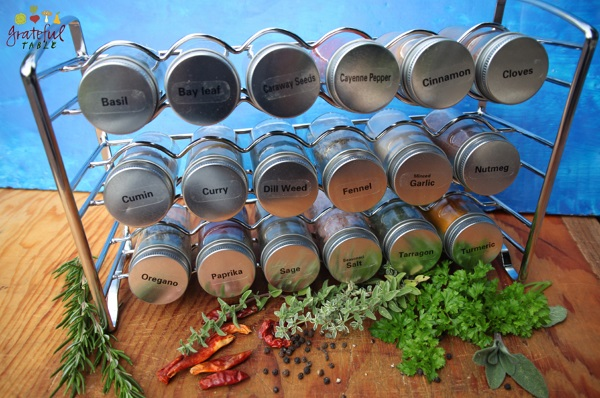 18-Bottle Spice Holder